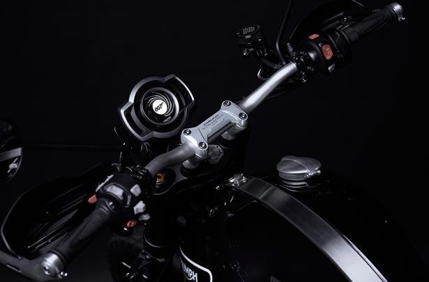 Triumph-Scrambler-1200-Bond-Edition-Features