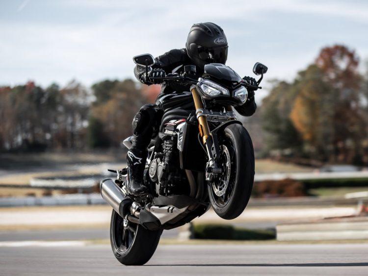 2021-Triumph-Speed-Triple-1200-RS