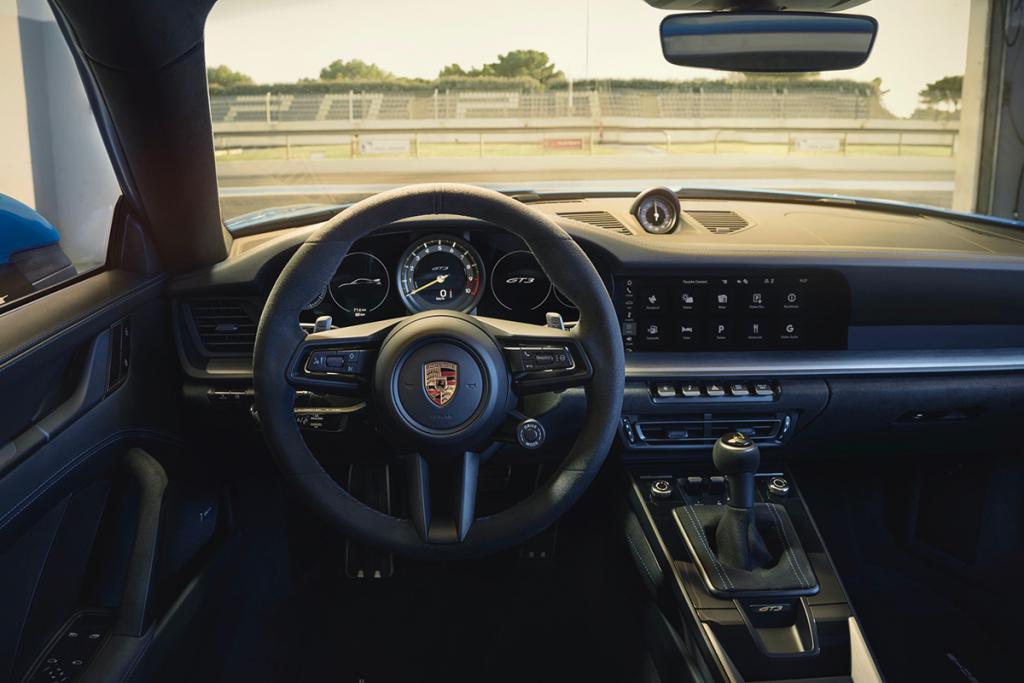 New-Gen Porsche 911 GT3 dashboard