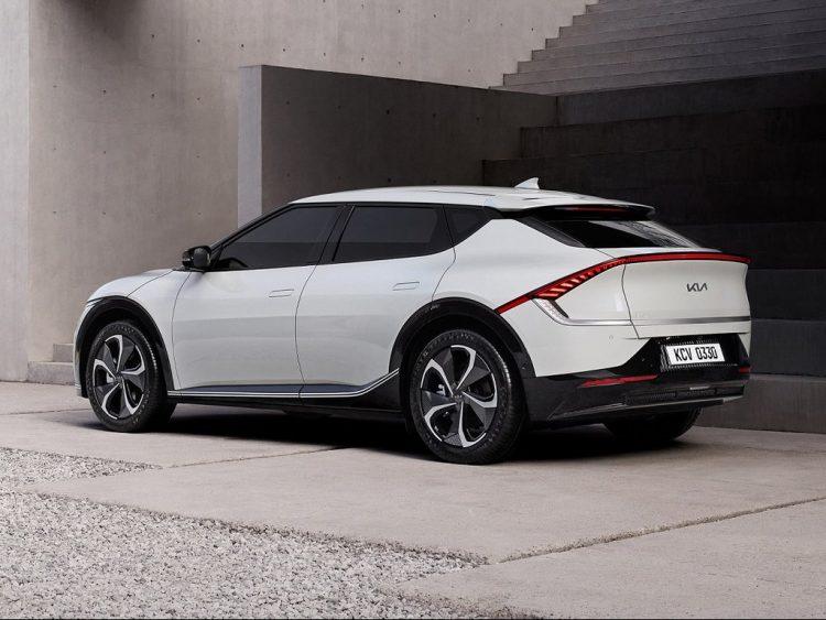 Kia-EV6-Side
