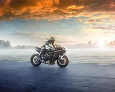 2021 Kawasaki Ninja H2R Launched In India At Rs. 79.90 lakh