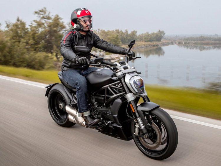 2021-Ducati-XDiavel